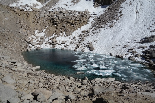 glacier pond going up glen pass.