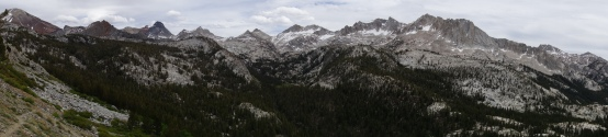 nice 180 view of a spectacular mountain range on the hike down to red meadow.