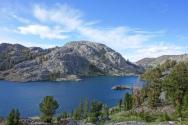 a beautiful lake on the way to thousand island lakes
