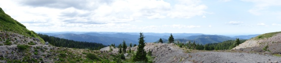 view from the side of Mt Hood.